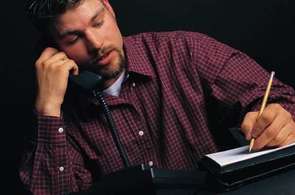 Como entrevistar por telefone pode facilitar a sua vida