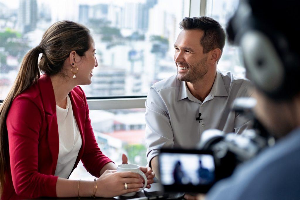 Domine as Perguntas Abertas em uma Entrevista Jornalística